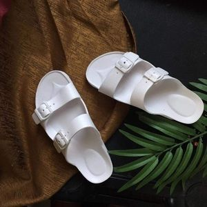 Shoes - White slides women's leather sandals slipper